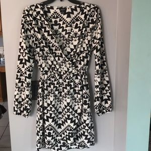 Black and white geometric design dress